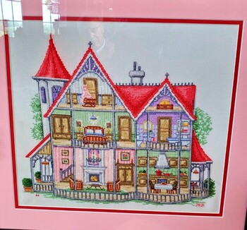 Amy Honebrink - Counted Cross Stitch Dollhouse